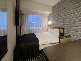 アパホテル<新宿 歌舞伎町タワー> / □□ 禁煙室 □□  ダブル