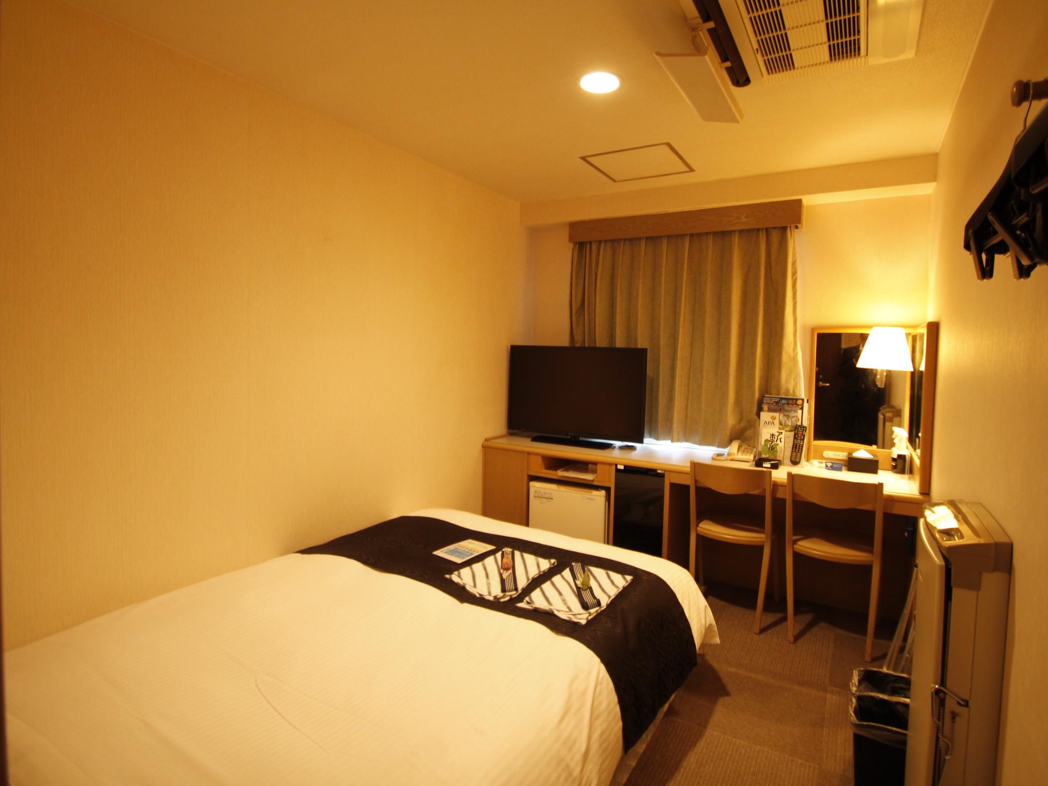 アパホテル<蒲田駅西> / ダブルルーム 禁煙室