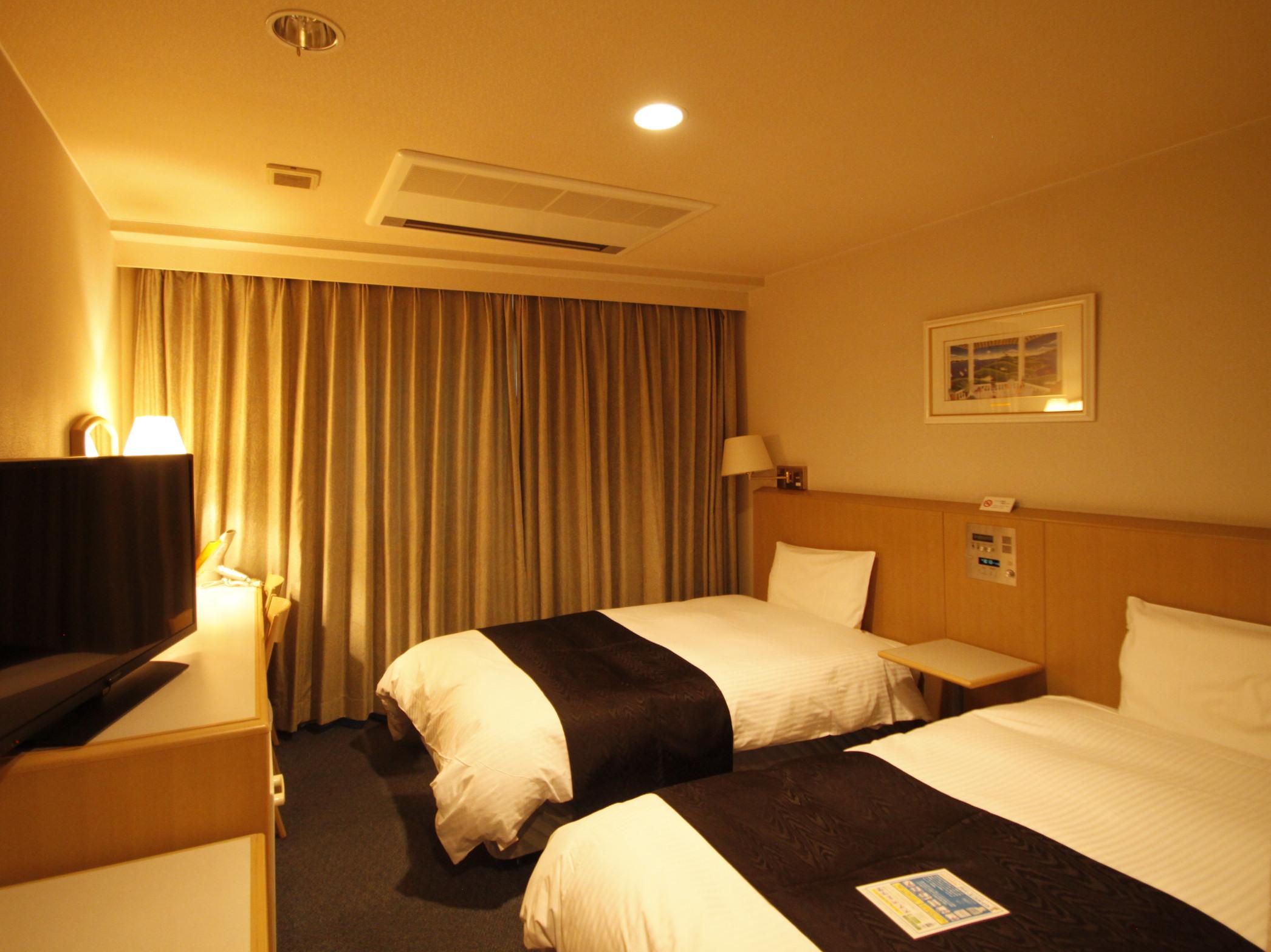 アパホテル<蒲田駅西> / ツインルーム 禁煙室