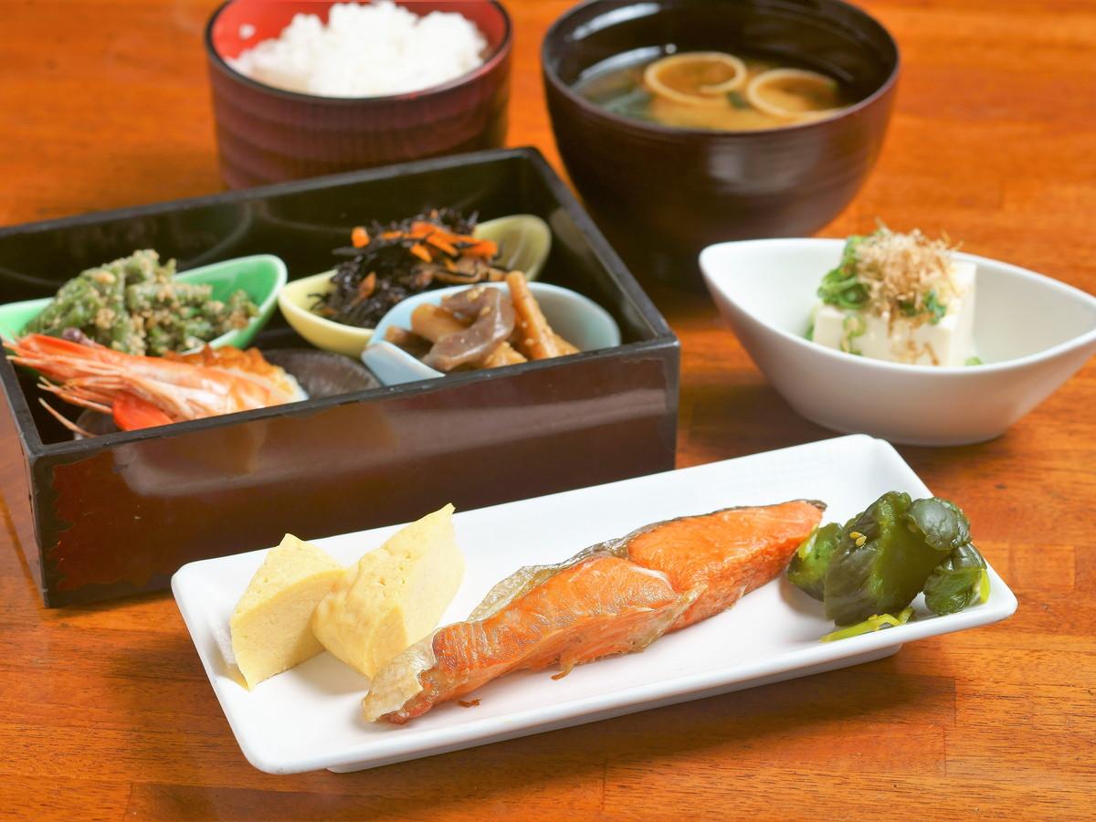 アパホテル<天王寺駅前> / 【朝食付】和洋選べる定食スタイル!一日の始まりはおいしい朝食から