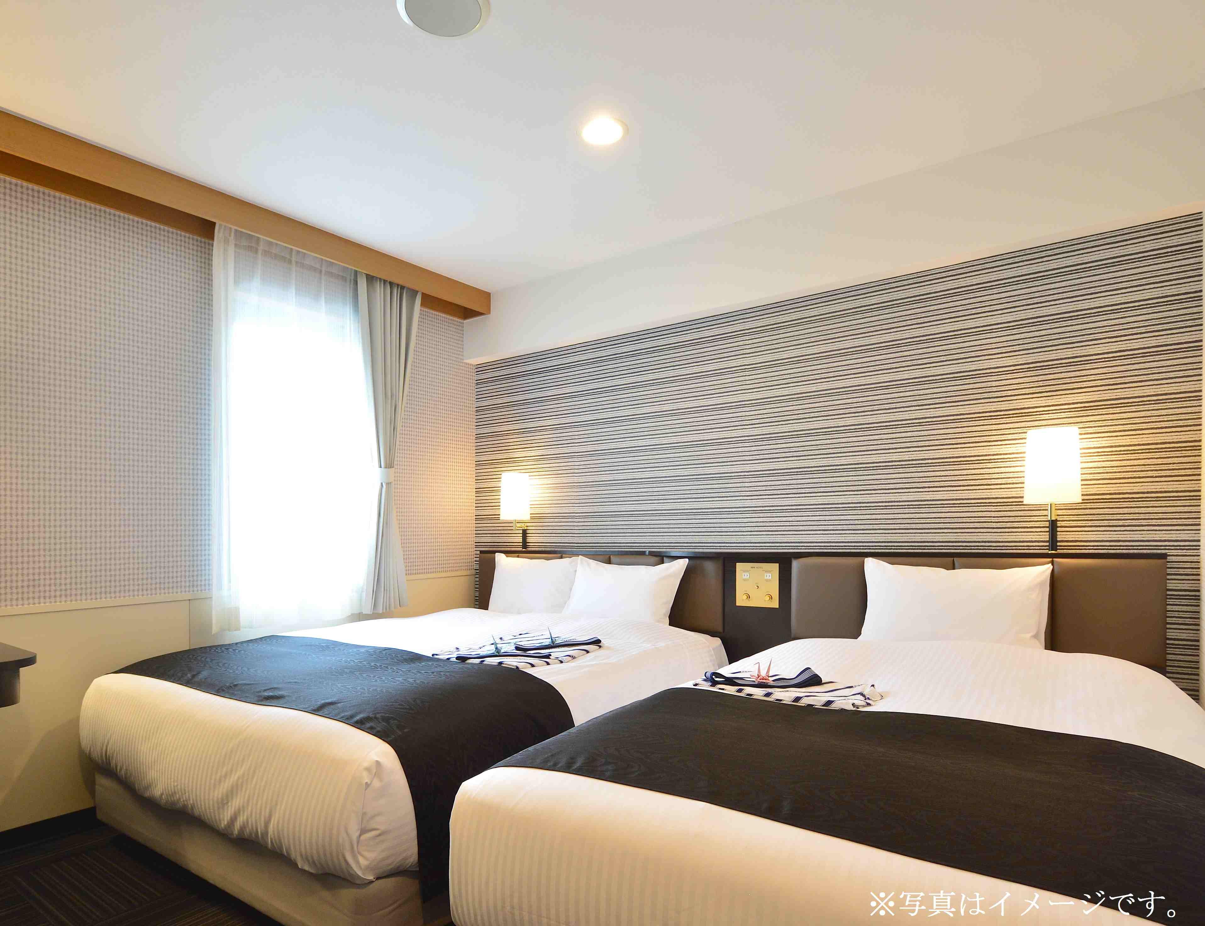アパホテル<TKP東京西葛西> / ツインルーム 禁煙室