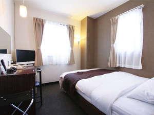 ホテルエリアワン鹿児島 / 角部屋■ダブルベッドを広々1名利用◇喫煙◇