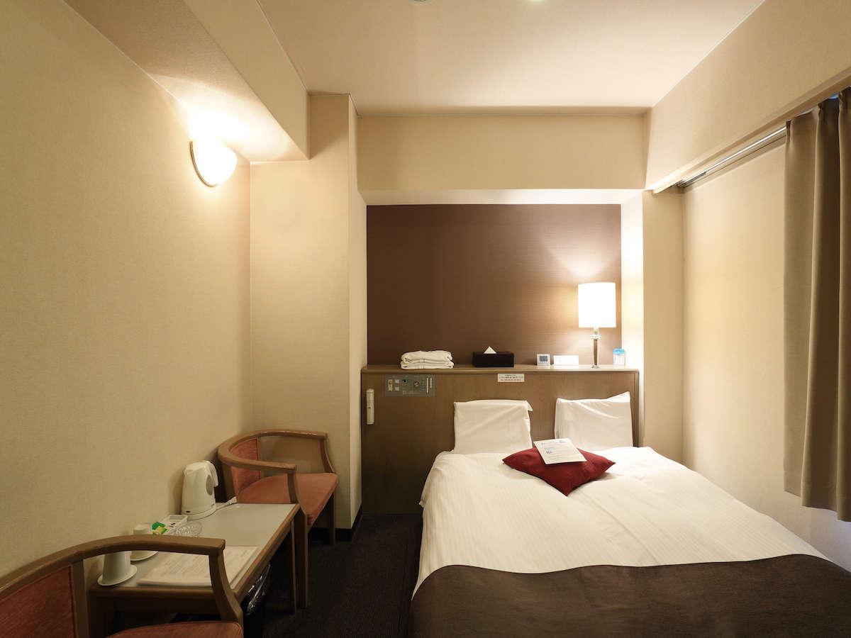 ホテル心斎橋ライオンズロック /  喫煙シングル 広い140cmダブルベッド使用