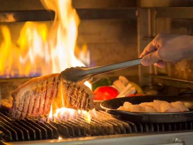 浅草ビューホテル / 【1泊2食シリーズ】ライブクッキングが人気のレストラン「スカイグリルブッフェ武藏」
