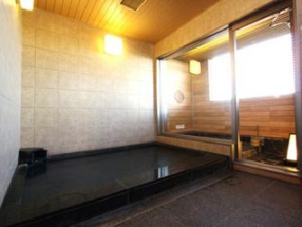 アパヴィラホテル<燕三条駅前> / 【素泊まり】燕三条駅徒歩3分で人工ラヂウム温泉浴場無料