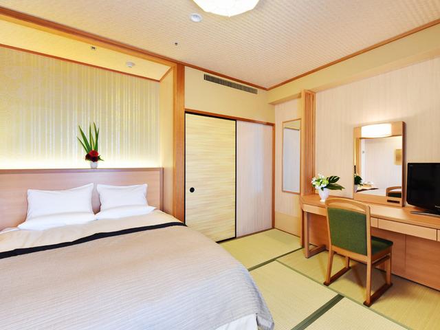ホテルクラウンパレス知立 / (共通販売)和室(ダブルベッドルーム)《禁煙◇24平米》