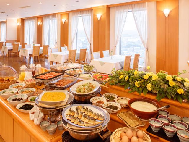 ホテルクラウンパレス秋北 / 朝食(和洋バイキング 6:30オープン)付プラン
