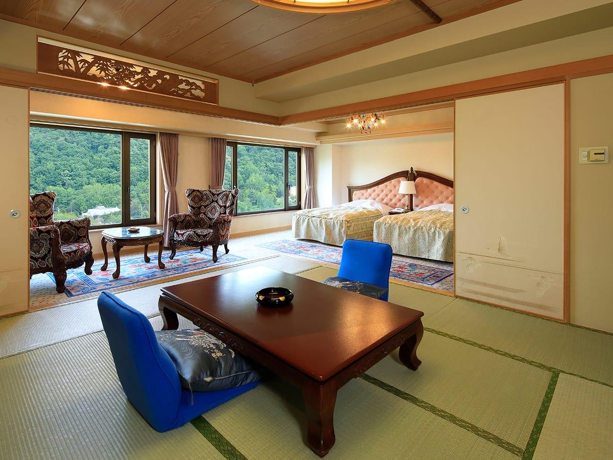 定山渓ビューホテル 【新館】和洋室(和室10~12畳+ベッド2台)