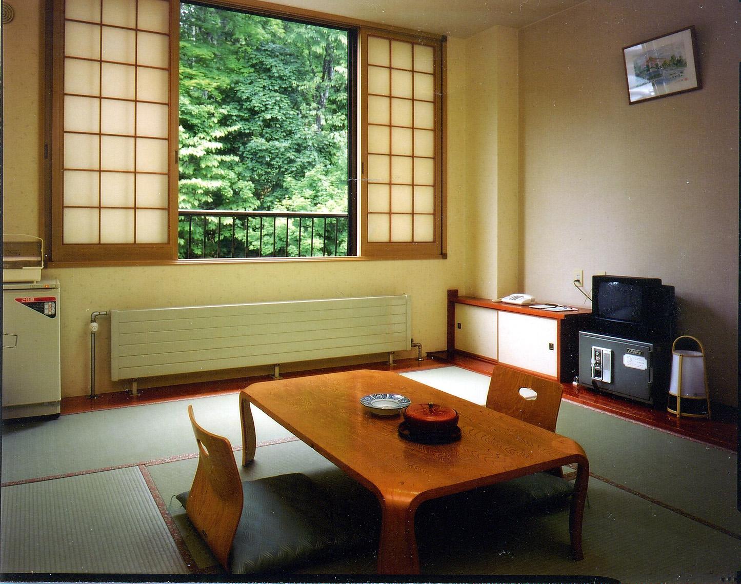 丸駒温泉旅館 / 山手側客室(囲炉裏)
