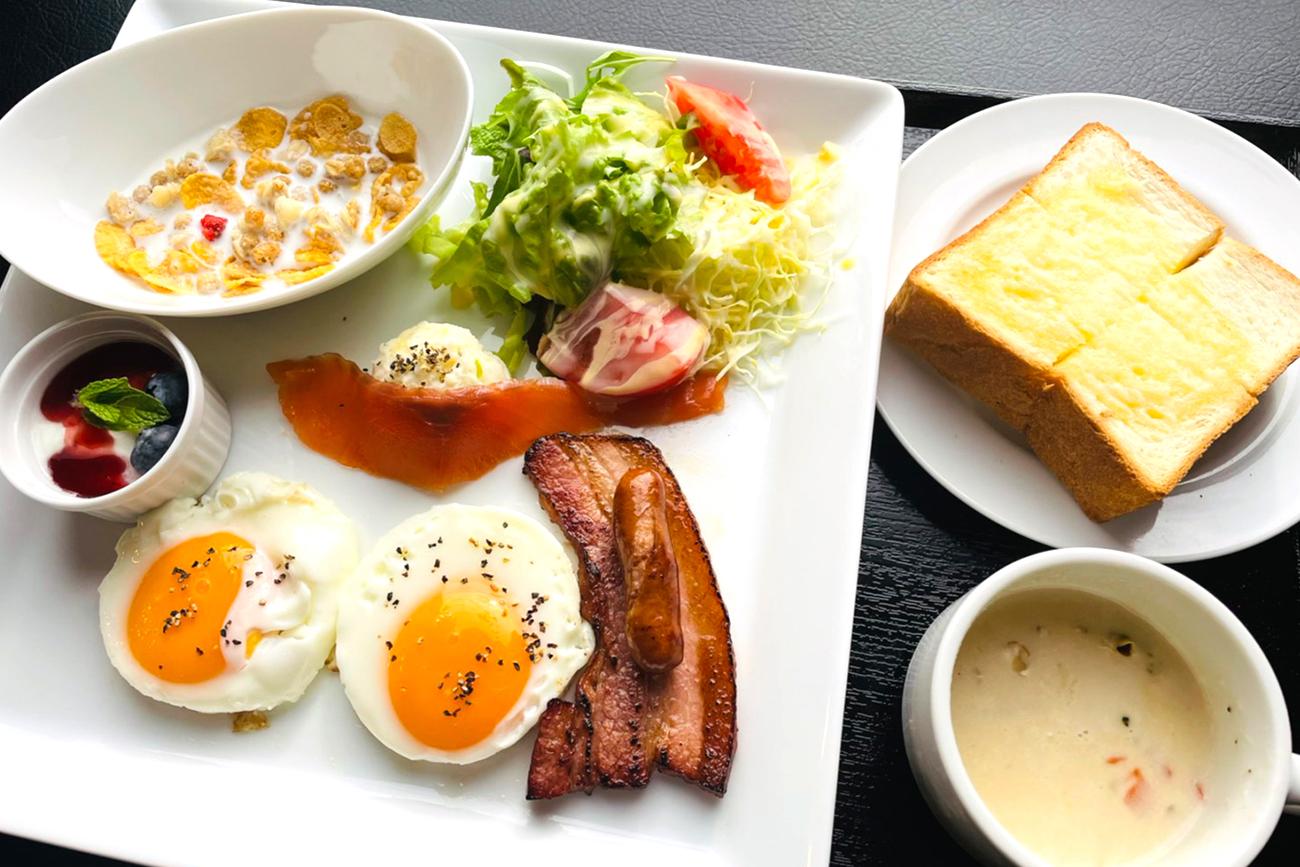 センチュリオンホテルグランド神戸駅前 ◆朝食付き◆一日の始まりは朝ごはんから☆朝食は『選べる和洋食プレート』で朝の活力を!