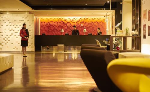 クロスホテル札幌 / 【for WOMEN】北海道MADEのオリジナルアメニティ~はちみつの生み出すうるおいの力を実感<スキンケアライン付き>食事なし[GG57]