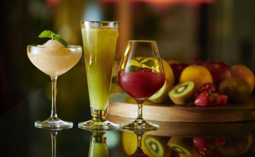 クロスホテル札幌 / 【リセットジカン】身近なアートがココロを癒し、Barでゆっくり深まる秋を楽しむ時間。/食事なし[II06]