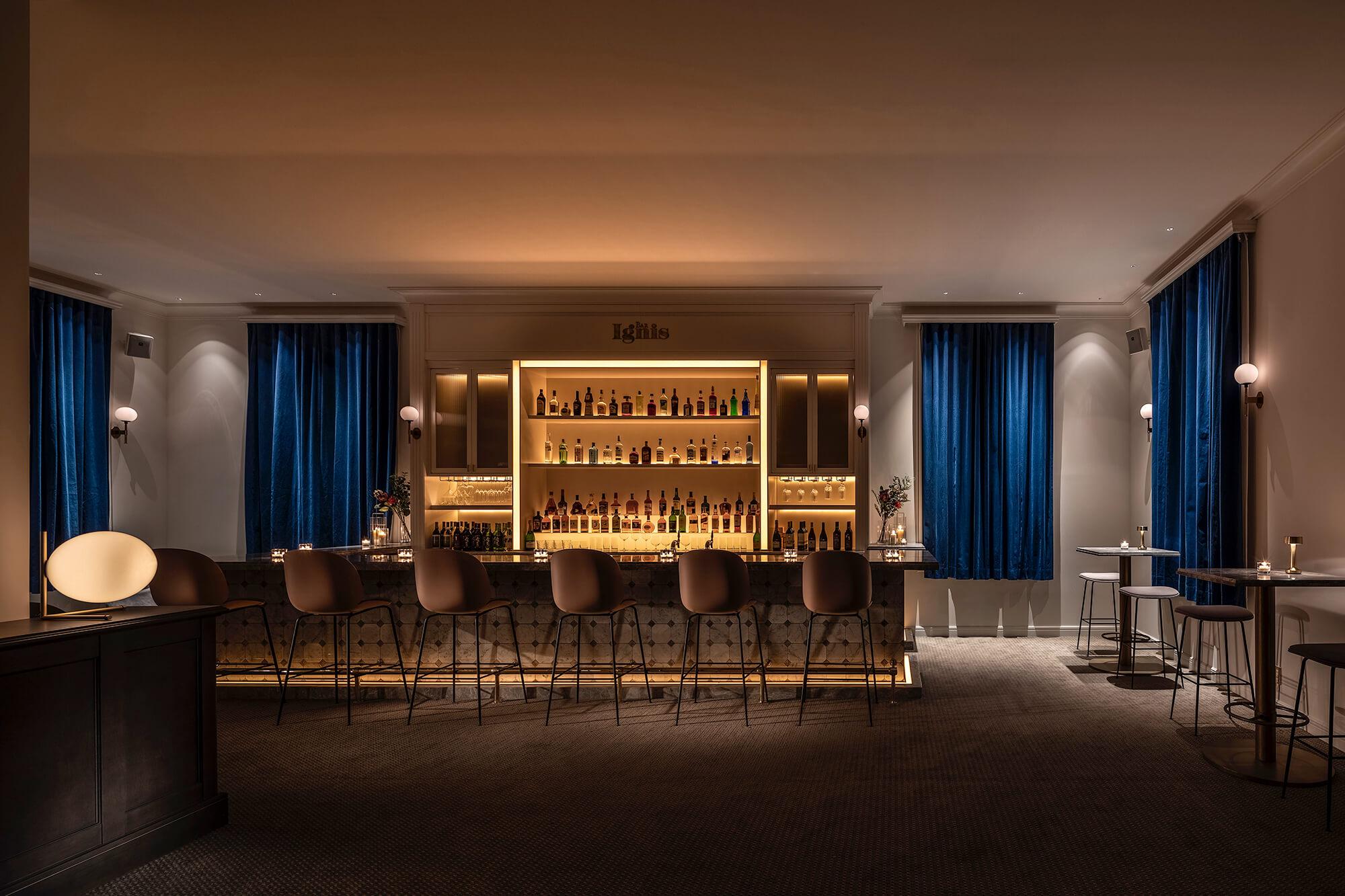 UNWIND HOTEL&BAR小樽 / シンプル素泊りプラン【フリーワインサービス付き(17時〜18時30分)】