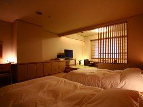 翠山亭倶楽部 定山渓 和洋タイプ56㎡~最も利用しやすいスタンダードな客室