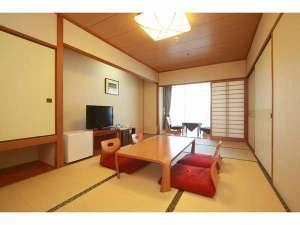 福岡サンパレス ホテル&ホール / 和室(7.5畳)