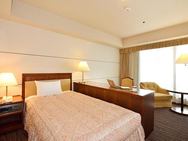 グランドホテル浜松 / ◆デラックスシングルルーム◆喫煙(25.2平米)