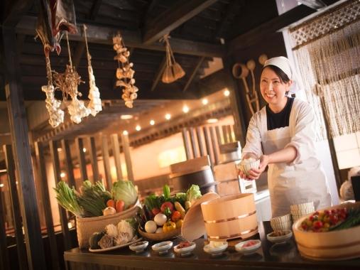 星野リゾート 青森屋 2食付(夕食:バイキング+朝食:田舎御膳)