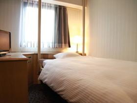 ジーアールホテル江坂 / ■喫煙可■シングルA【昇降式ベッド】■デュベスタイル■