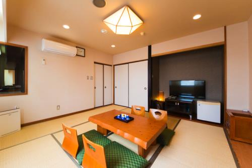 グランパーク ホテルかずさ / 【喫煙】和室【大】/無料Wi-Fi/バス・トイレ独立