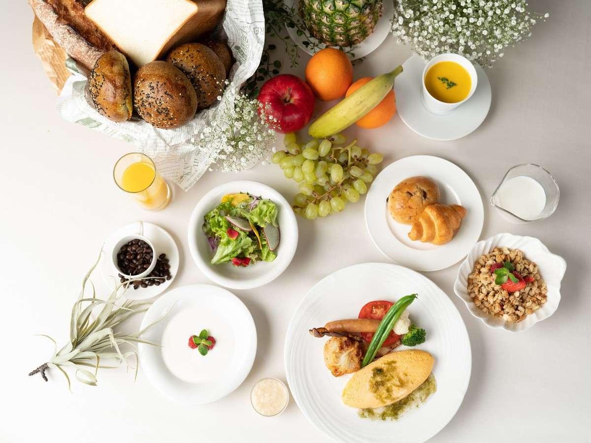 ガーデンテラス福岡ホテル&リゾート 都会の喧騒を忘れさせる特別な場所で「優雅な一日」を~スタンダード朝食付プラン(朝食付)