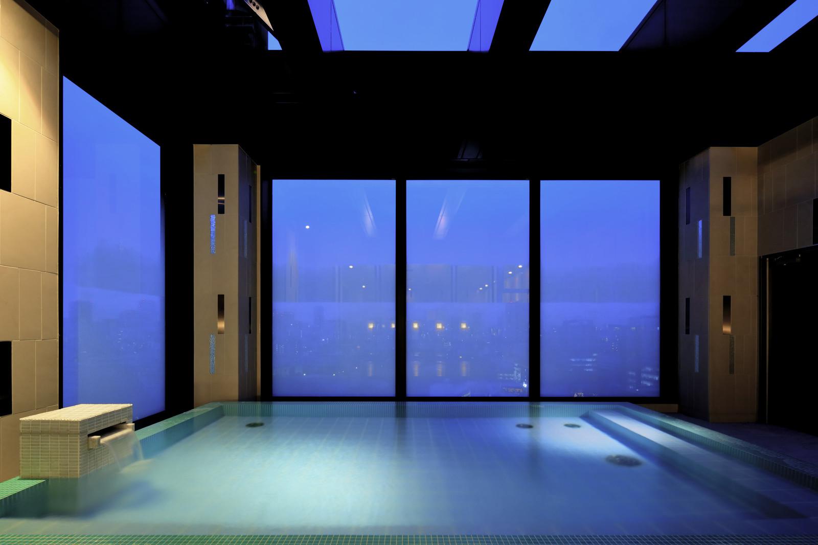 カンデオホテルズ東京六本木 / 最上階のスカイスパを堪能しながら、洗練の空間でゆったりくつろぐ 旅