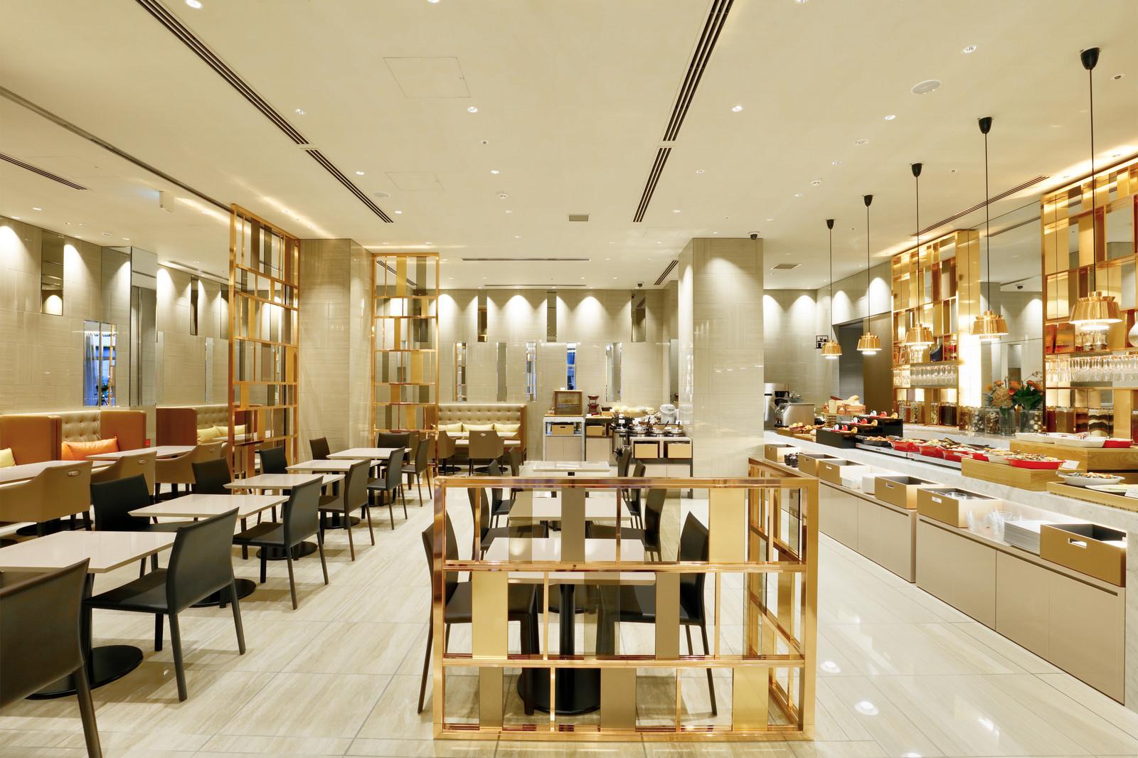 カンデオホテルズ東京六本木 / 3密回避の一膳出しの朝ごはん 日替わりの一膳料理をラウンジで堪能