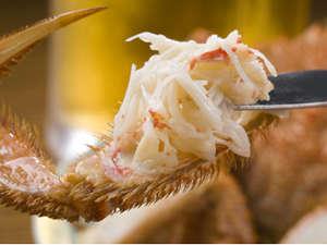 虎杖浜温泉 ホテルいずみ / 【前浜水揚海づくし物語/お部屋食】<毛蟹半身&海の幸を大漁飾盛り♪>