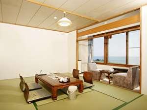 虎杖浜温泉 ホテルいずみ / 海側・和室10畳(夕食/お部屋)