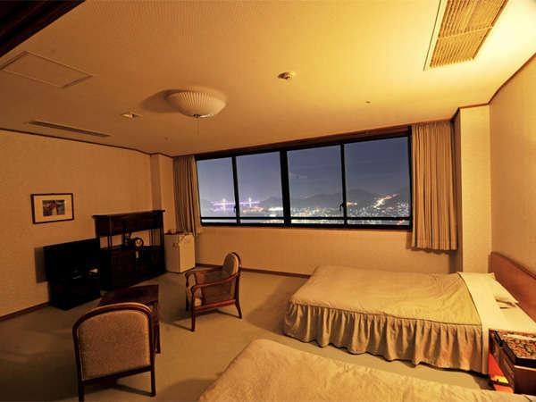 にっしょうかん 新館 梅松鶴 禁煙仕様 和洋室10畳+ツインベッド(63平米以上)