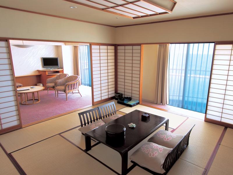 伊良湖シーパーク&スパ / ■スタンダードフロア 和室12.5畳+リビング