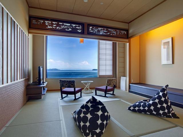 渚の荘 花季 / 海の見える和室10帖(36平米/禁煙)