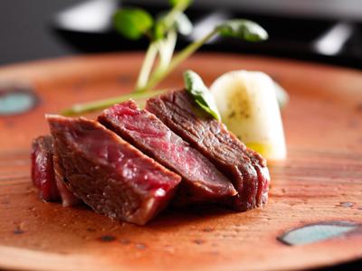 城下小宿 糀や / グループレストランでご当地牛ステーキ懐石ディナー(送迎付)&選べる町の人気店朝食付プラン