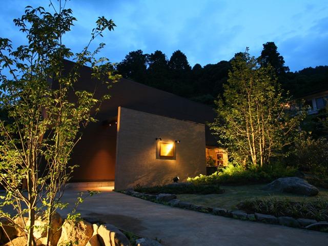 琴平花壇 / 松月テラス/トリプル 62平米