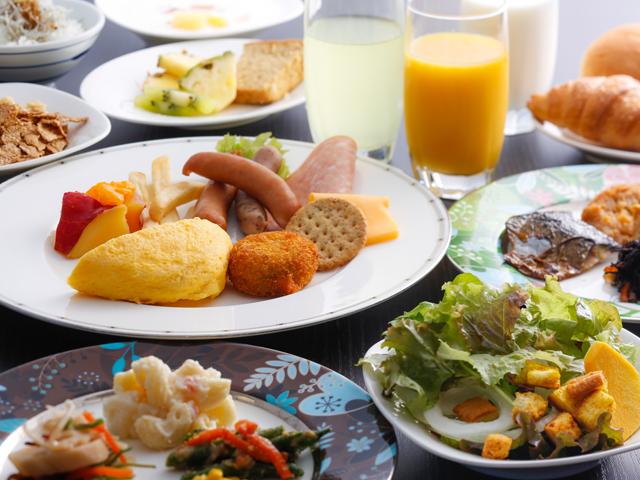 海のホテル 島花 / カフェ飯&約40種類の和洋朝食バイキングプラン