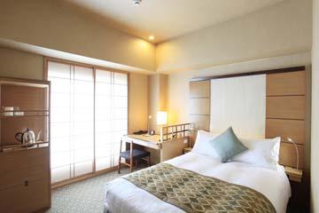 庭のホテル 東京 スタンダードセミダブル喫煙