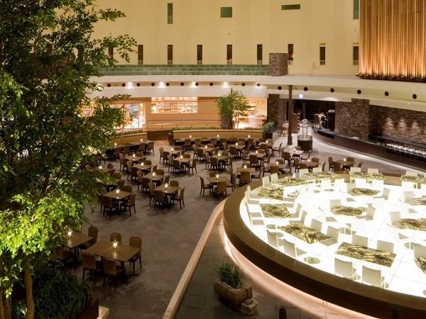 東京ベイ舞浜ホテル 【航空券付き】季節のディナービュッフェ&和洋食ビュッフェ朝食付きプラン