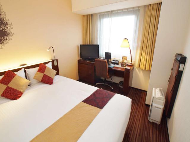 ホテル京阪 浅草 / 【喫煙】セミダブル(14平米・ベッド幅140センチ)