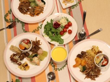 ホテル京阪 京橋 グランデ 【ホテルでディナー】牛ステーキ食べ放題&季節のバイキングで大満足(夕朝食付)