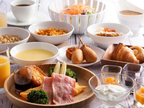 ホテル京阪 ユニバーサル・タワー / ユニバーサル・スタジオ・ジャパンへ行こう 2デイ・スタジオ・パス付プラン<朝食セットメニュー付>