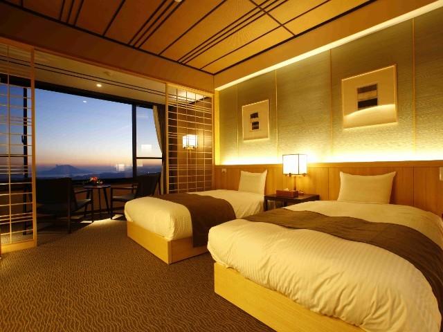霧島観光ホテル / 【最上階】霧島の絶景を一望できるDXツインルーム -21平米-