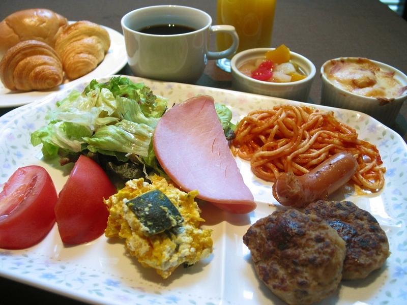 ホテル機山館 / 朝食付