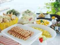 小倉ベイホテル第一 / おふくろの手作り朝食バイキング付!朝食会場から関門海峡が一望!