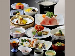 鹿児島サンロイヤルホテル ■~鹿児島の美味しさがギュッ!とつまった~特選さつま会席プラン【夕食・朝食付】
