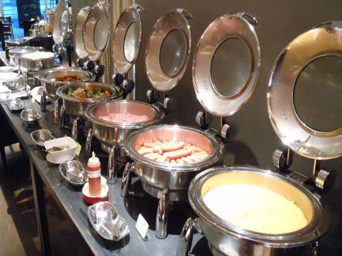 ホテルレオパレス博多 / DP【一人旅・家族旅行・ビジネス】朝ごはん【和洋バイキング朝食付】プラン