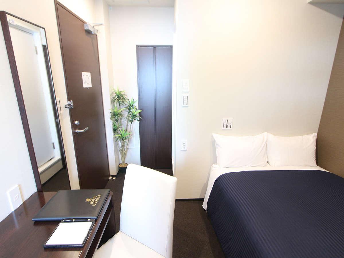 ホテルリブマックス東銀座 シングルルーム★喫煙★ ベッド幅120×200cm