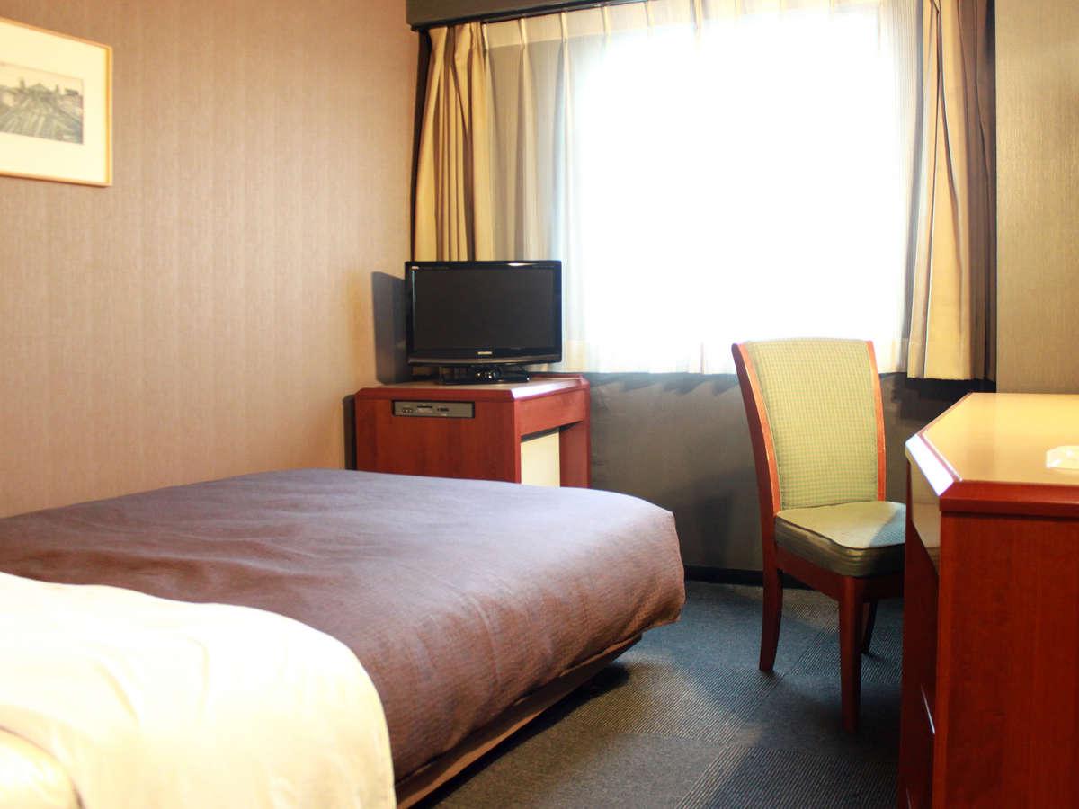 ホテルリブマックス横浜鶴見 / シングルB【ベッド幅125×195】喫煙室◆NET接続可◆
