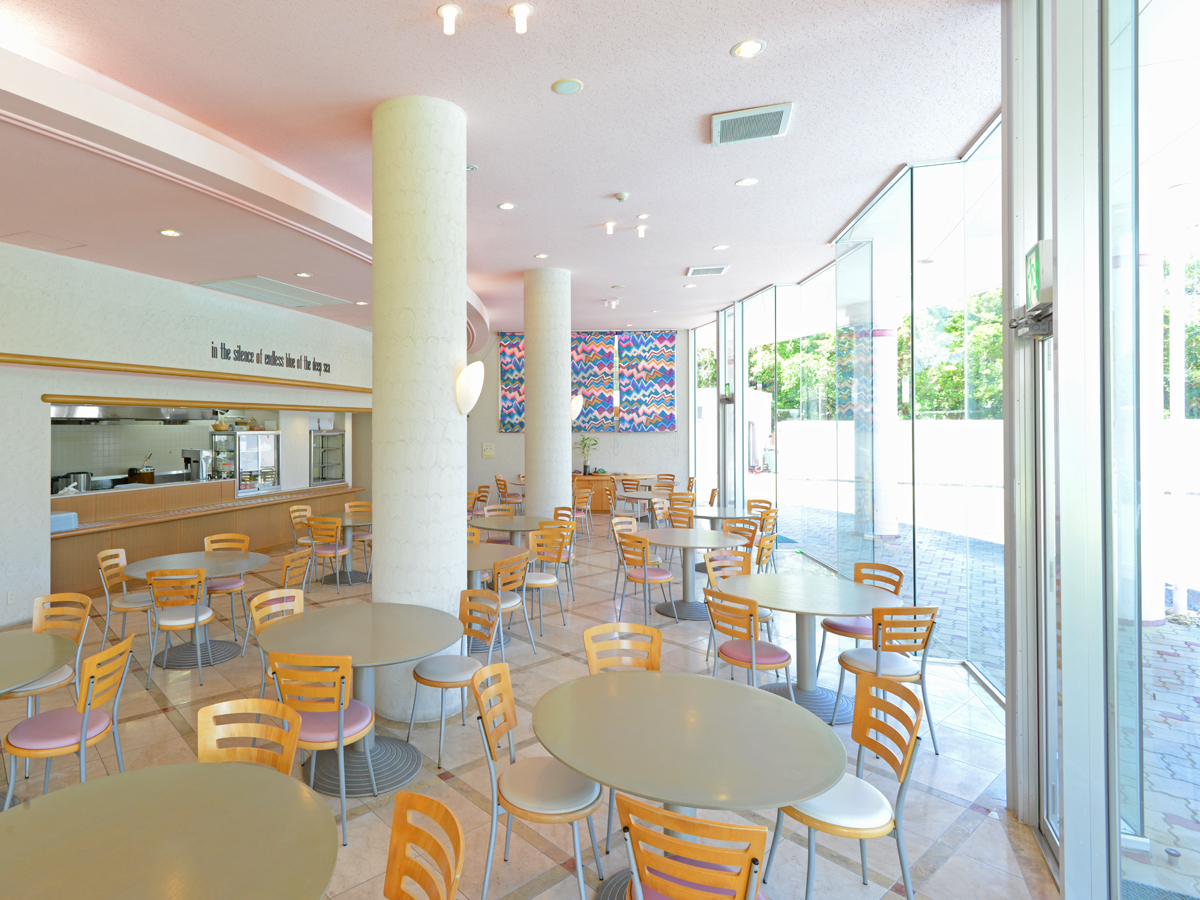 マリンロッジ・マレア 素敵なレストランで元気な1日をスタート☆人気の朝食バイキング