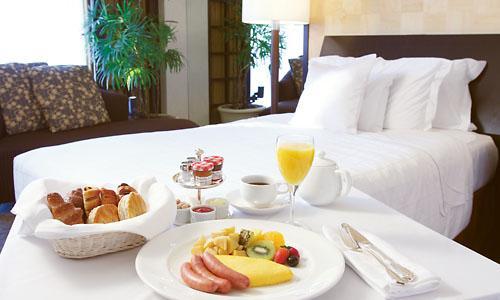 シェラトン都ホテル東京 / <GO TO トラベルキャンペーン割引対象>【選べる朝食付】ルームサービスやランチへの振替もOK!