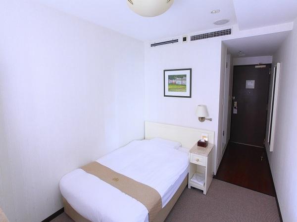 ニューオーサカホテル心斎橋 Smoking Semi-Double Room
