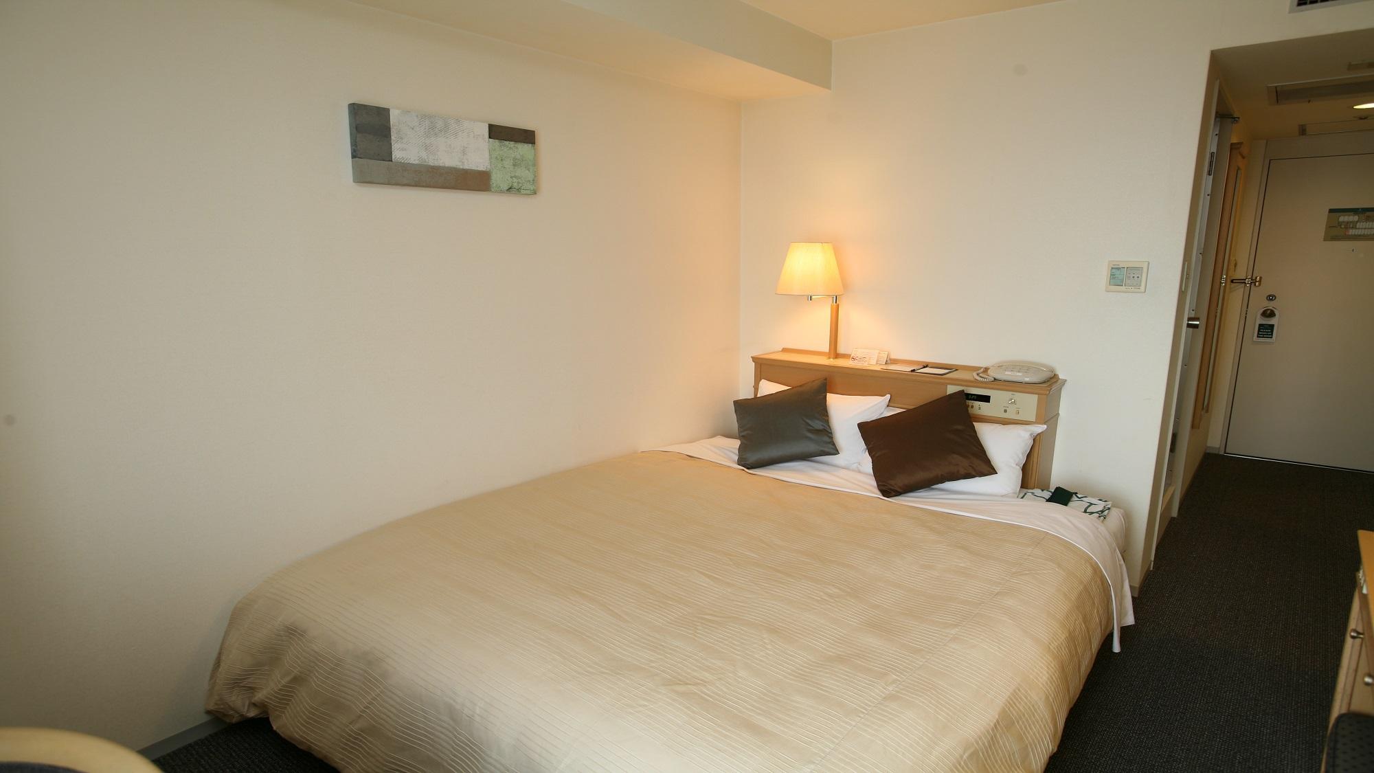 サイプレスガーデンホテル / ダブルルーム